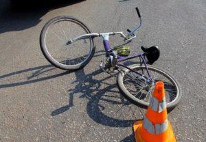 Велосипедист попал под колеса легковушки
