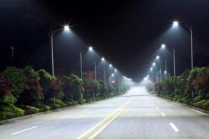 На освещение улиц Запорожья потратят более полутора миллиона гривен