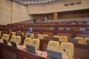 Омбудсмен заявил, что если запорожские депутаты игнорируют сессии, их нужно лишать мандата