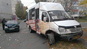 В Запорожской области маршрутка с пассажирами попала в ДТП