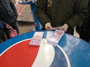 Запорожского лесничего поймали на крупной взятке - ФОТО