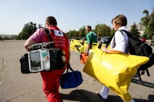 Для запорожских медиков закупят сумки по завышенным ценам