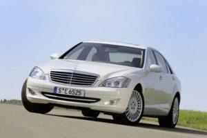 Департамент инфраструктуры отобрал у «Элуада» Mercedes