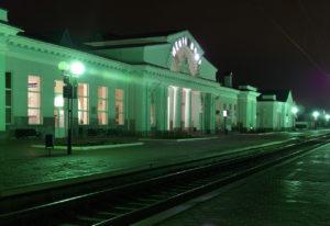 На вокзалах Мелитополя ищут бомбу: людей эвакуировали