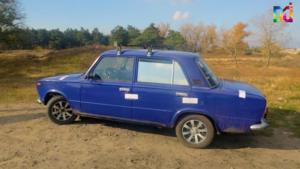 В Запорожской области остановили авто с полным багажником убитых зайцев - ФОТО