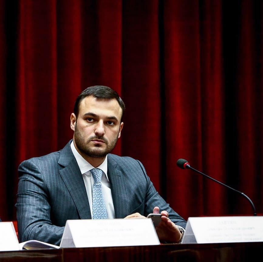 Заместитель губернатора оказался в пятерке самых богатых чиновников Украины