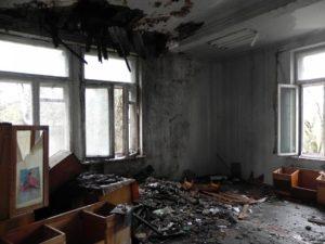 На Хортице снова подожгли здание института - ФОТО