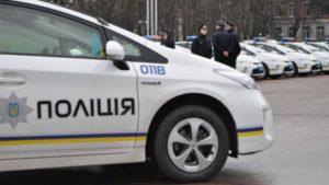 Пьяные прохожие избили патрульную полицейскую