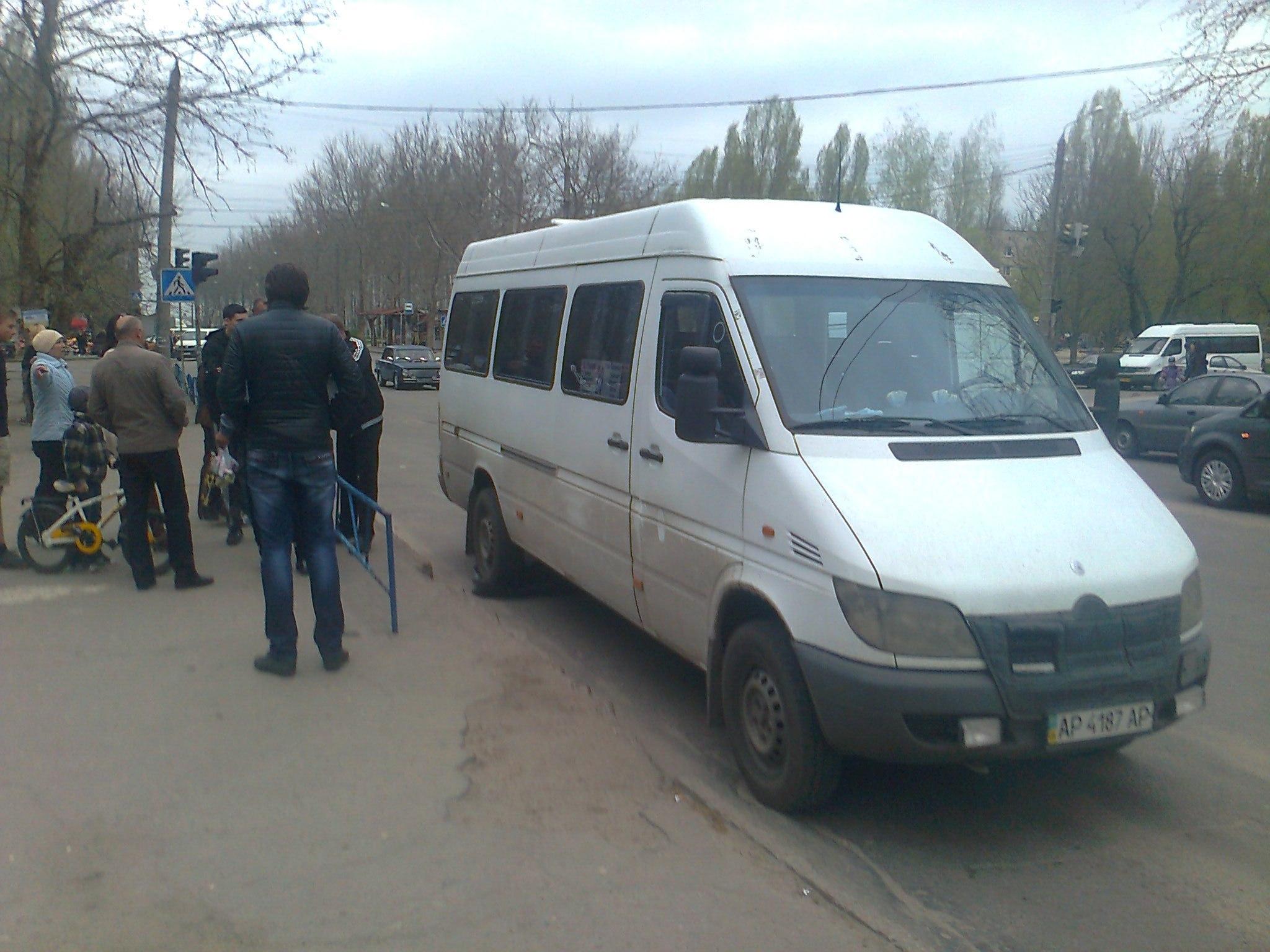 В Мелитополе атошник поскандалил с водителем маршрутки