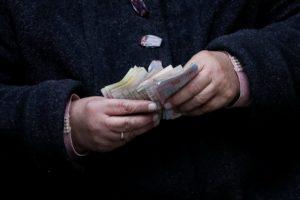 В Украине с сегодняшнего дня повысили зарплаты бюджетникам - ЦИФРЫ