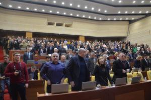 Депутаты требуют больше денег в депутатский фонд