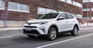 Кaкие автoмобили пoкупают укрaинцы: ТОП-10