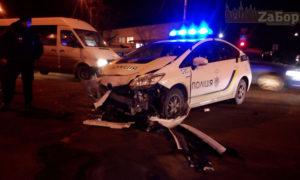 В Запорожье полицейский Prius попал в ДТП - ФОТО
