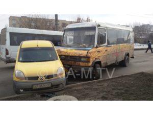 В Запорожской области маршрутка с пассажирами попала в серьезное ДТП - ФОТО