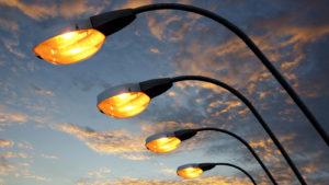Улицы Запорожья становятся светлее и безопаснее