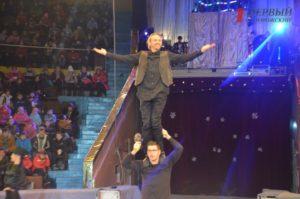 В День Святого Николая малыши получили праздник на арене цирка - ФОТО