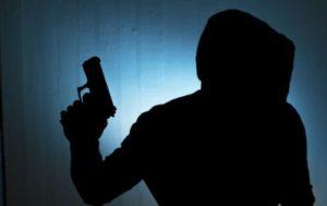 Жителя Запорожской области похитили, а после ограбили его квартиру