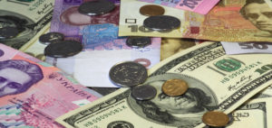 Верховная Рaда отменила пенсионный сбор во время обмена валют