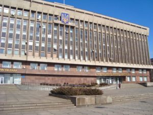Войнушки между облгосадминистрацией и областным советом продолжаются: в суд направили изменения к иску