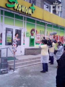 «Ревизор» второй день инспектирует запорожские супермаркеты - ФОТО