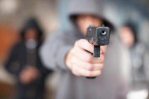 В Запорожье школьники стреляли друг в друга из пистолета