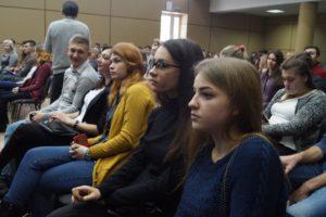 Запорожские студенты намерены заставить Гройсмана ответить за стипендии - ФОТО
