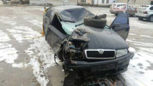 В Запорожской области автомобиль врезался в электроопору - ФОТО