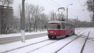 В Запорожье троллейбусы и трамваи меняют маршрут движения
