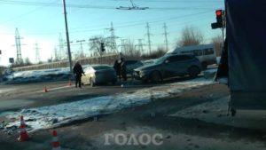 В Запорожье произошло тройное ДТП: пострадала беременная девушка - ФОТО