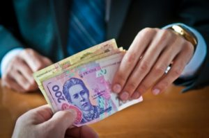 «Запорожьеоблэнерго» снова повязло в долгах:  задолженность предприятия  составляет более 32 миллионов гривен