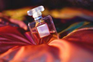 В Запорожской области полиция задержала вора-парфюмера