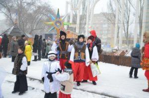 Запорожцы отметили Рождество на главной площади города - ФОТО