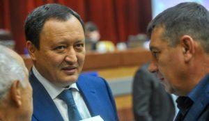 Константин Брыль распрощался с двумя членами коллегии департамента финансов