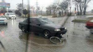 В Запорожской области велосипедист попал под колеса легковушки - ФОТО