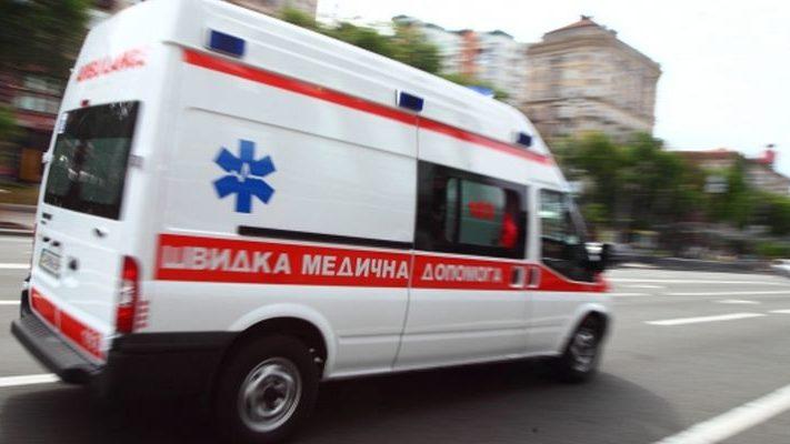У Запоріжжі маршрутка потрапила в ДТП: є постраждалий - ВІДЕО