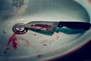 В Запорожье дочь порезала ножом собственную мать