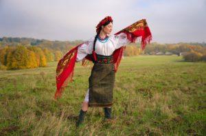 Запорожанок приглашают поучаствовать в конкурсе «Я - Украинка»