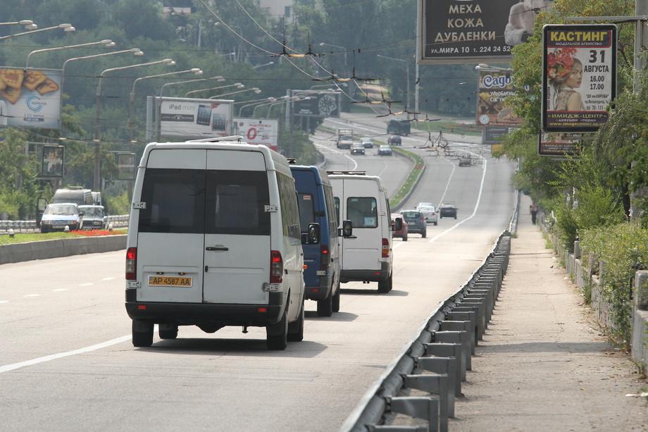 Мэр города потребовал от управления транспорта решить проблему с движением маршруток в вечернее время