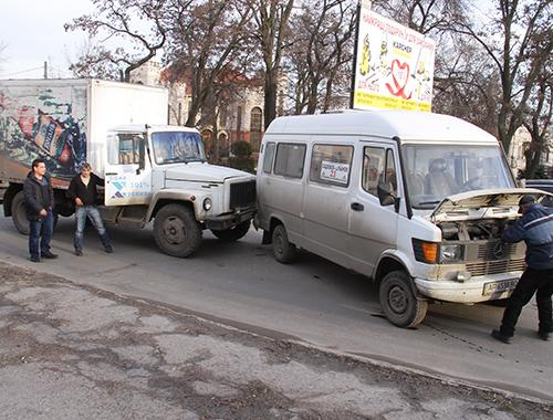 В Запорожской области произошло очередное ДТП с участием маршрутки - ФОТО
