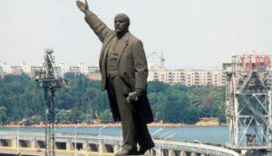 Запорожский памятник Ленина может отправиться в столичный музей