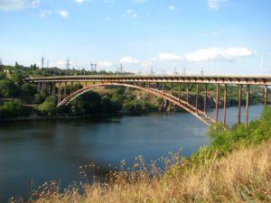 В Запорожье хотят построить еще один мост