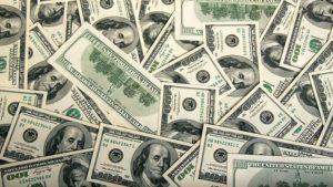 Блокада Донбасса может отразиться на валютном рынке