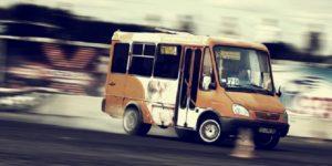 Водитель пригородной маршрутки возил пассажиров, не пройдя техконтроль - ФОТО