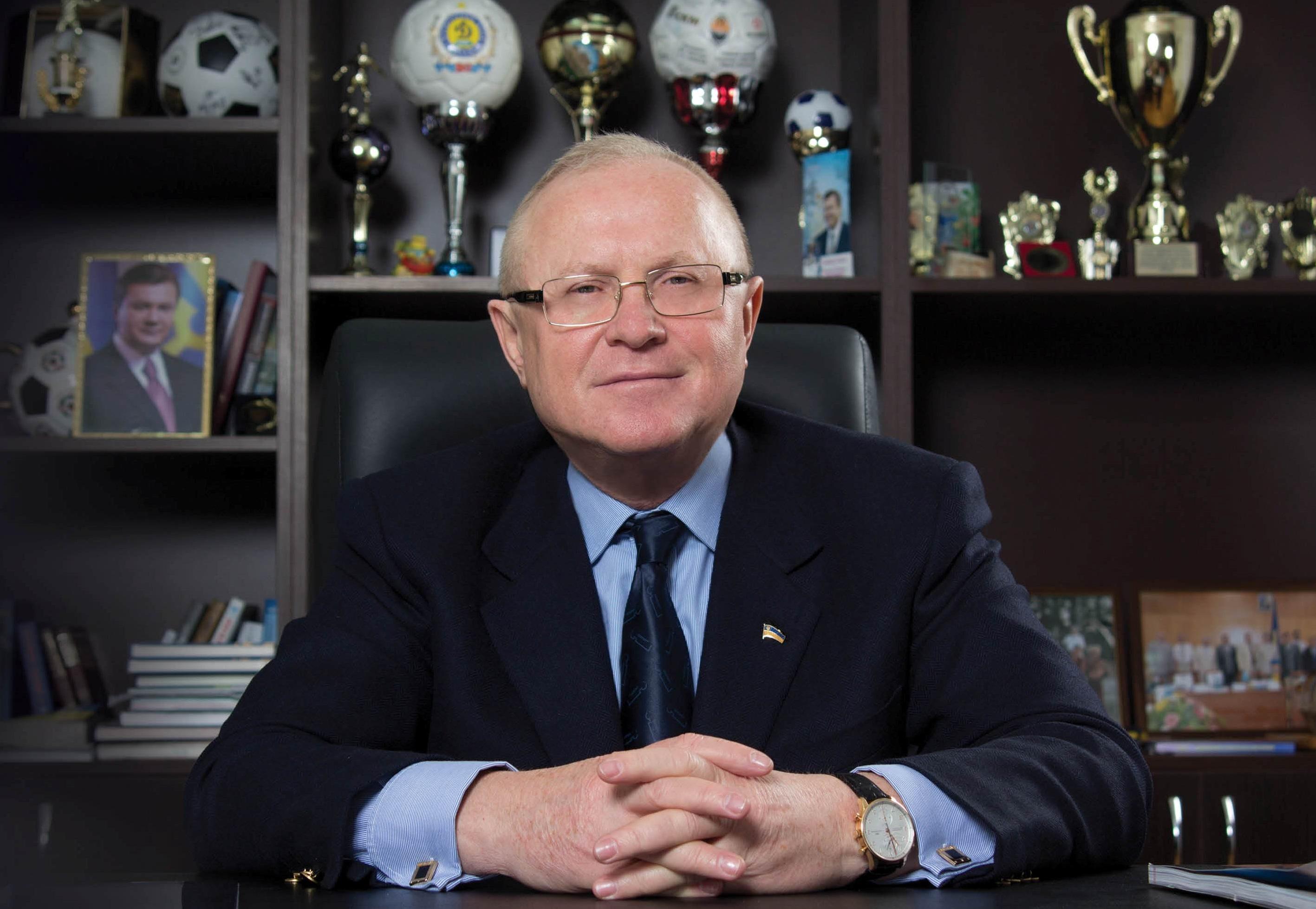 Прокуратура намерена лишить экс-главу Запорожского облсовета Виктора Межейко госнаград и пенсии