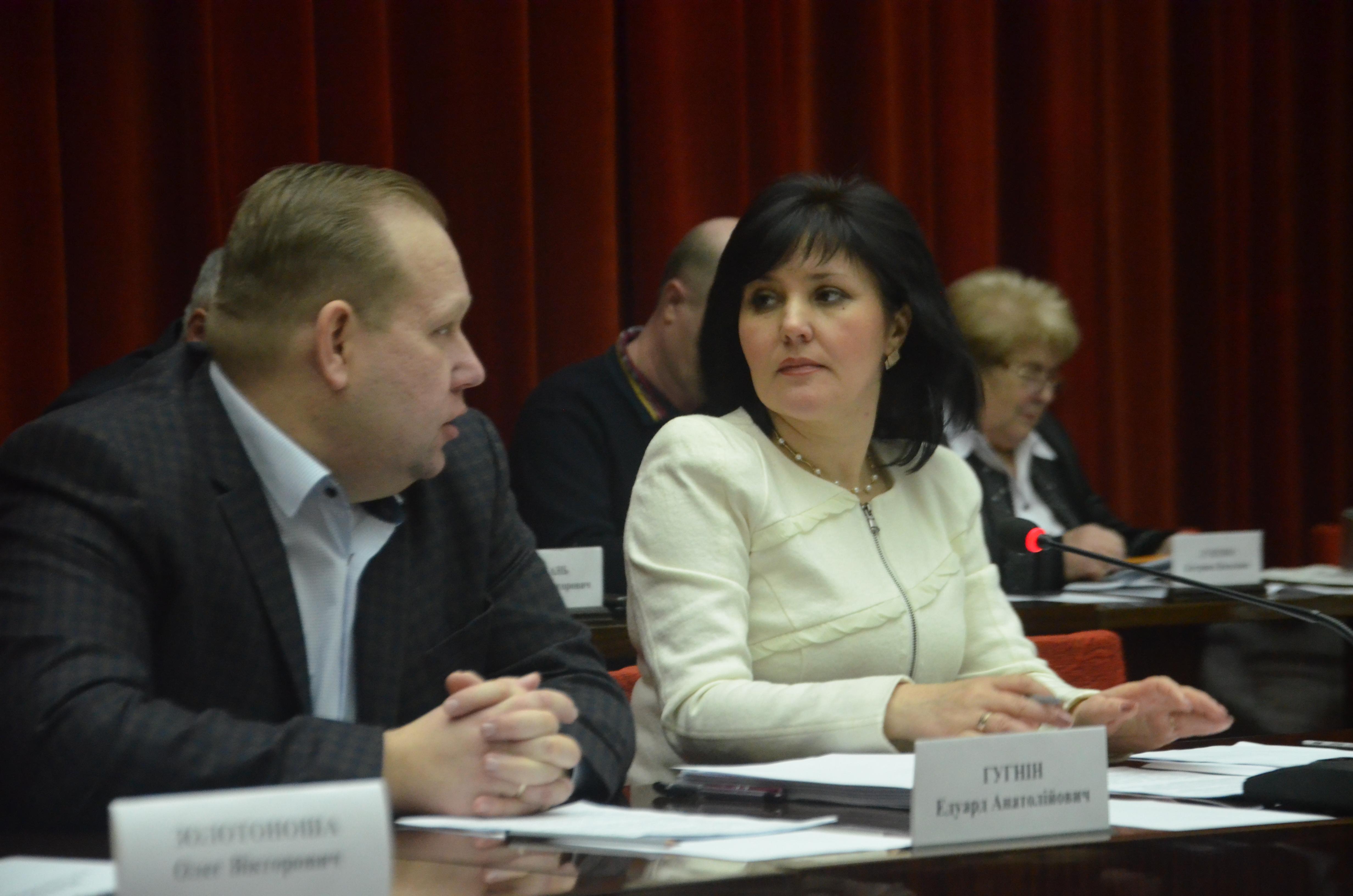 Заместитель губернатора Зинаида Бойко не видит конфликта интересов в скандале с ее невесткой и консультациями в департаменте ОГА