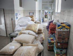 С миру по нитке:  запорожские предприниматели и чиновники собирают продукты и деньги для помощи жителям Авдеевки