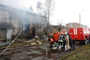 В цеху запорожского предприятия произошел масштабный пожар - ФОТО