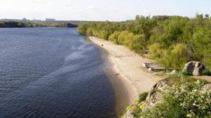 Стало відомо, на яких пляжах Запоріжжя небезпечно купатися