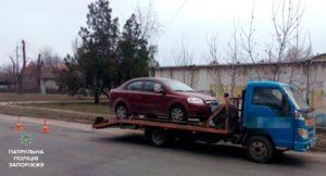 В Запорожье пьяный водитель спровоцировал ДТП - ФОТО