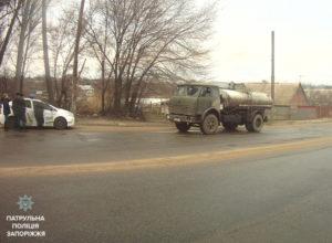 В Запорожье пьяный водитель грузовика спровоцировал тройное ДТП - ФОТО
